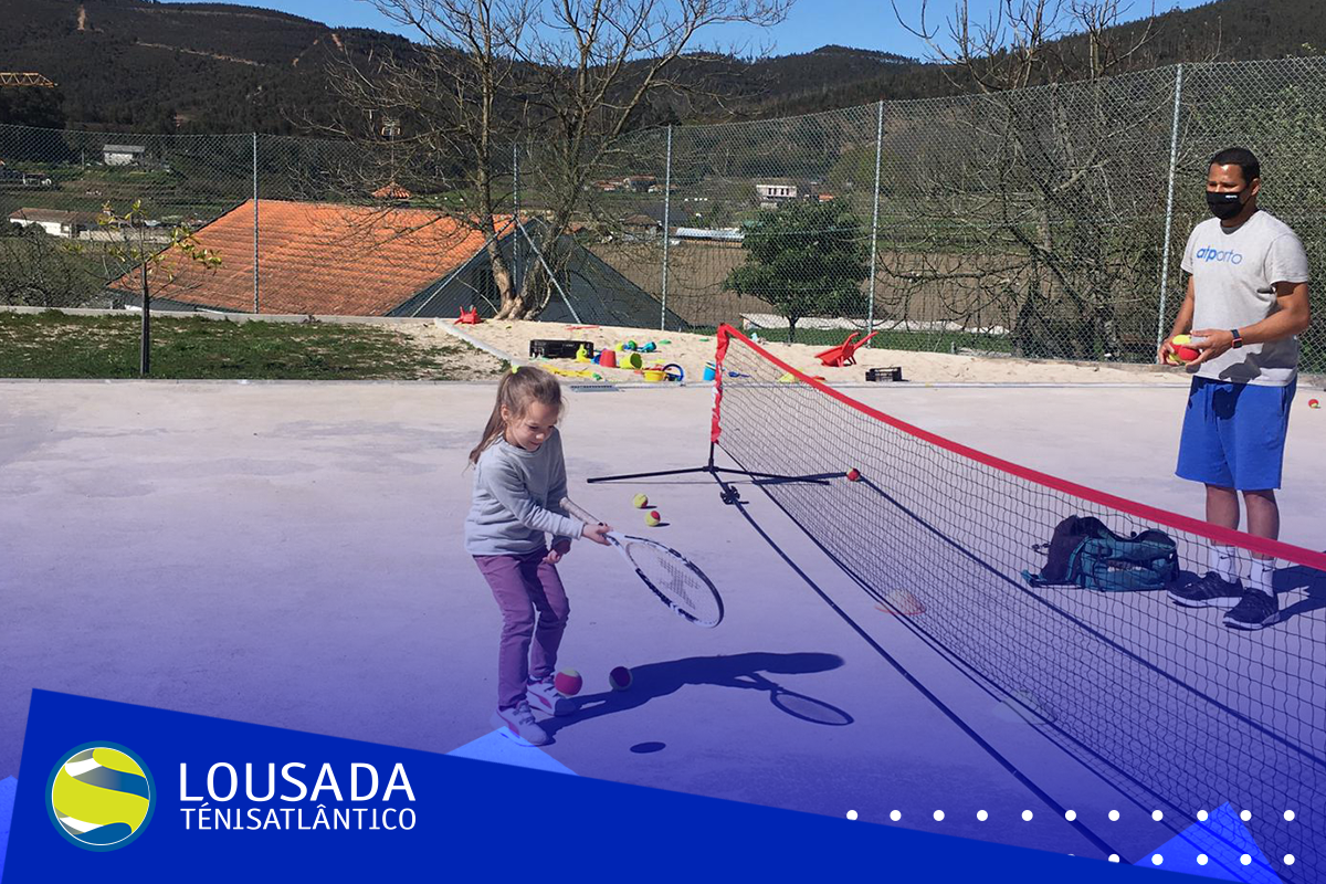 https://tenislousada.com/wp-content/uploads/2021/03/Moldura_fotos_site-1-1.png