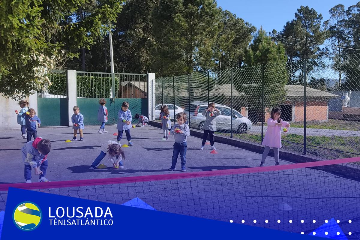 https://tenislousada.com/wp-content/uploads/2021/03/Moldura_fotos_site-4.png