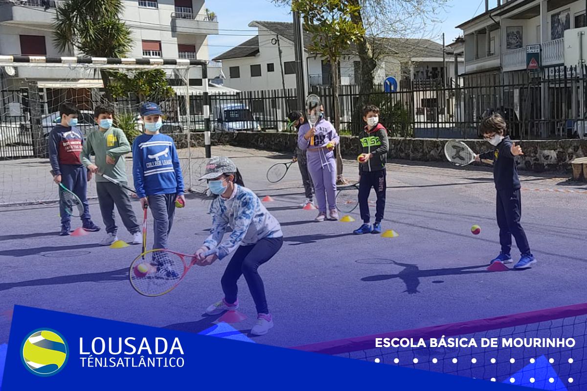 https://tenislousada.com/wp-content/uploads/2021/03/Moldura_fotos_site3.png